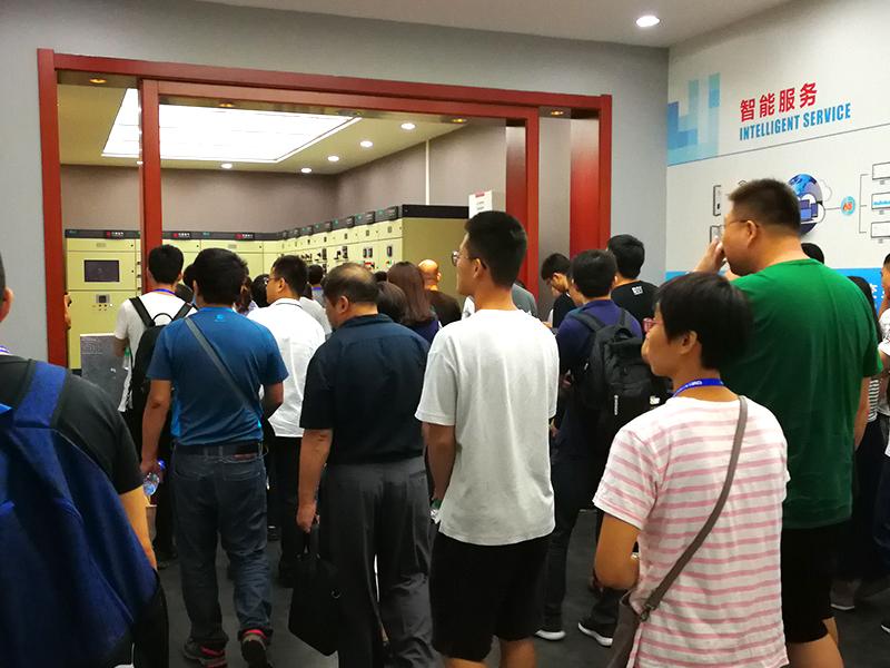 bob官方下载特2015中秋月饼系列产品隆重招商